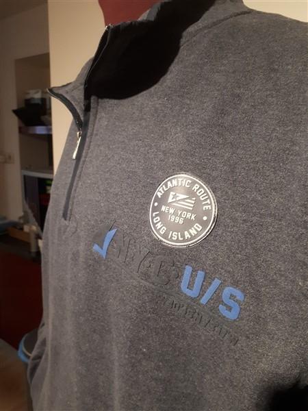 """Kitaro Sweatshirt """"NYC/US"""", grijs"""