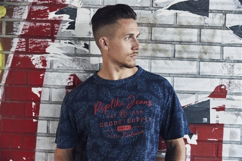 Replika T-shirt 'Goods & Supply', navy print